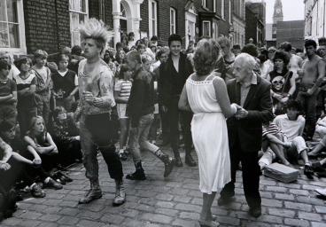 Bolton 1986_Geoff Davies