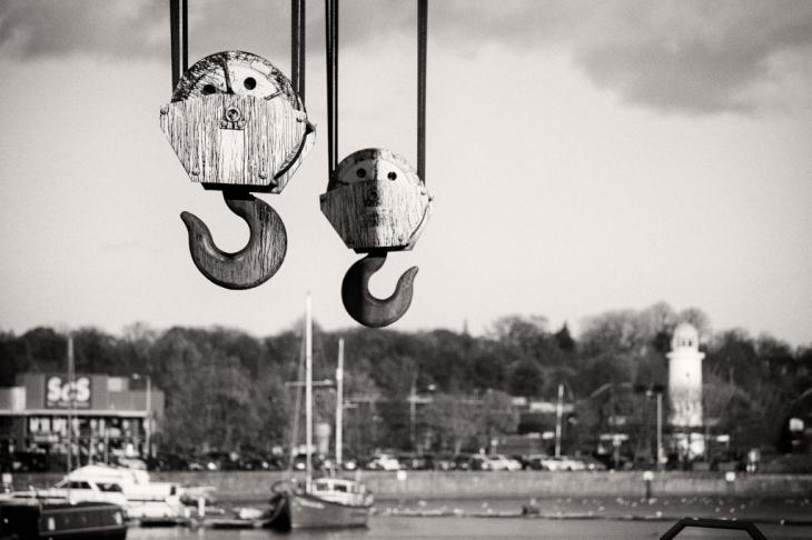 Sling Your Hooks 02_Simon Lupton